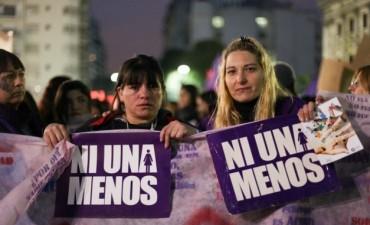 Miercoles negro: primer paro de mujeres contra los femicidios