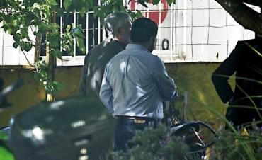 Julio De Vido se entregó en Comodoro Py y quedó detenido