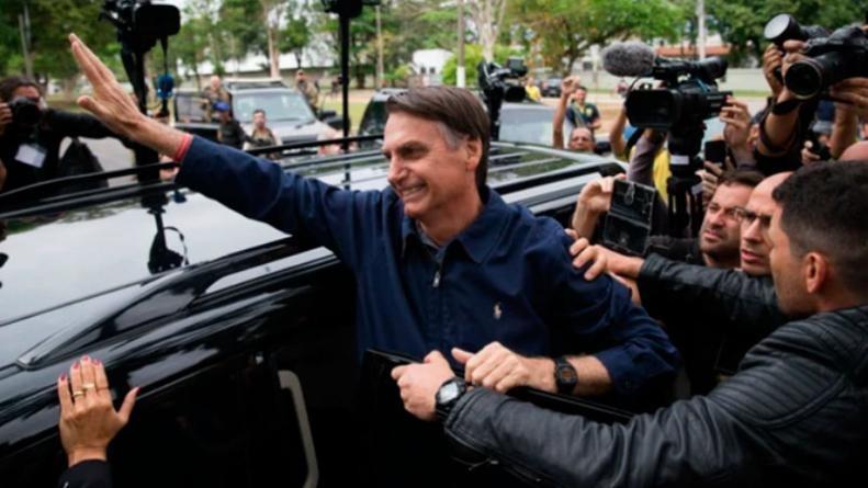 El candidato de ultraderecha Jair Bolsonaro arrasó en las elecciones de Brasil