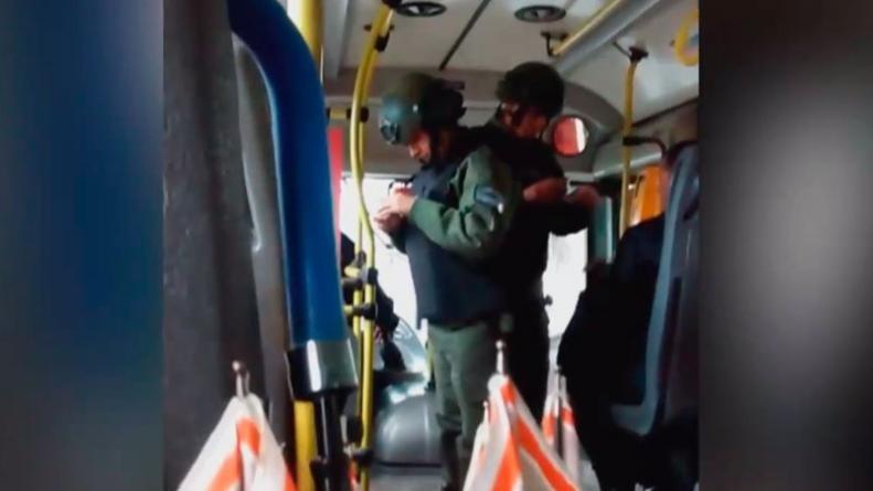 Polémica por un control de Gendarmería en un colectivo