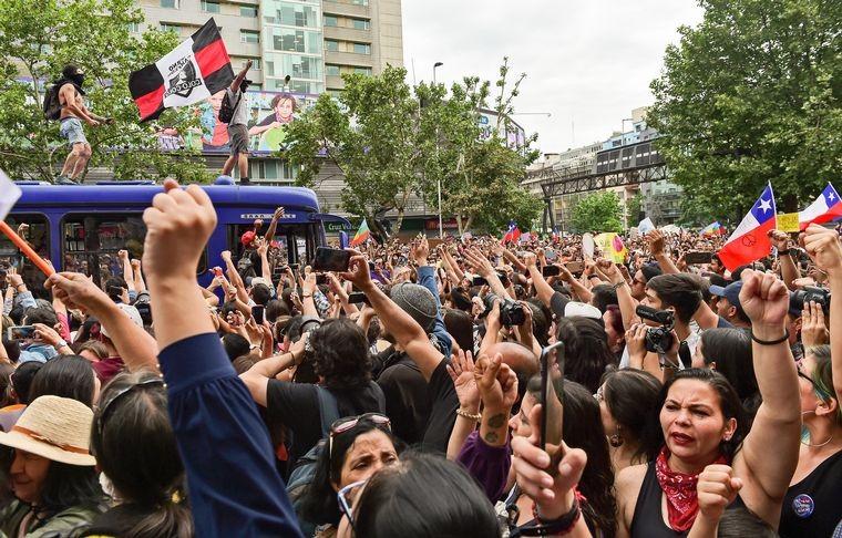 Chile. Masiva protesta en Santiago