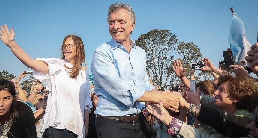 Macri encabeza una nueva marcha del