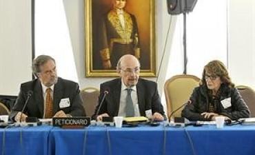 Periodistas denuncian ante la OEA que el Gobierno busca limitar la libertad de prensa en el país
