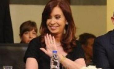 La presidente Cristina Kirchner continúa con