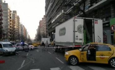 Ordenan la detención del conductor que chocó y produjo la muerte del taxista