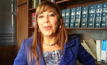 Abren investigación administrativa a Liliana Navarro
