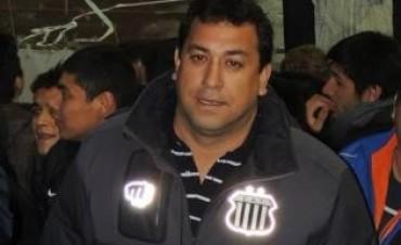 Se presentó a la Justicia Darío Cáceres, líder de La Fiel