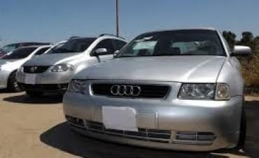 Advierten que con la suba del impuesto a los autos de alta gama hay riesgo de despidos