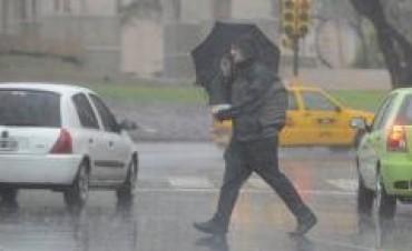 Intensa lluvia y granizo en distintos puntos de Córdoba