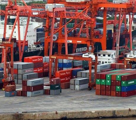 El gobierno adeuda u$s5.500 millones a las empresas por importaciones