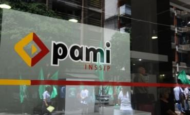 Allanaron la sede central del Pami en una causa por presuntos préstamos indebidos