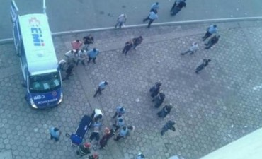 Tragedia en la popular de Belgrano: murió un hincha al caerse de la Artime