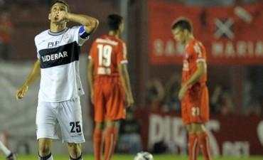 Independiente perdió ante Gimnasia y su sueño de pelear el título se desvanece