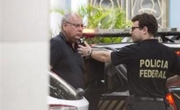 Crece el escándalo de Petrobras y arrestan a decenas de ejecutivos