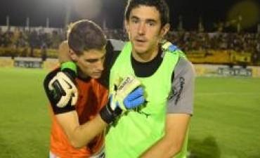 Talleres sumó un punto con sabor a victoria en Santiago
