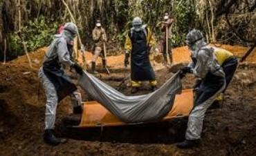 Casi 7000 muertos por el brote de Ébola en África