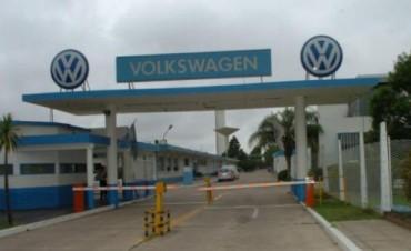 VW vuelve a suspender a 350 operarios