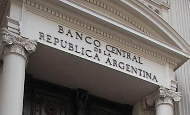 Más trabas para los importadores: el Banco Central canceló pagos de dólares