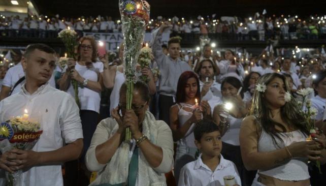 Más de 100 mil colombianos homenajearon al Chapecoense en el estadio del Atlético Nacional