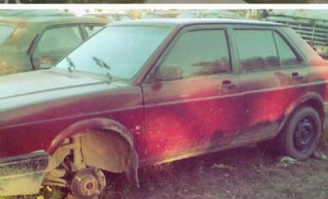 Un vecino de Colonia Caroya denunció que la Policía le desmanteló el auto