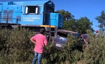 Un tren embistió a un auto y mató a una mujer embarazada en Santa Fe