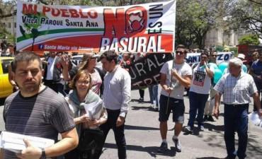 Vecinos de Santa Ana protestan contra Cormecor en Córdoba