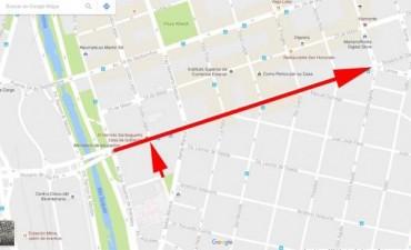 Cambio de sentido en la calle Rosario de Santa Fe en la ciudad de Córdoba