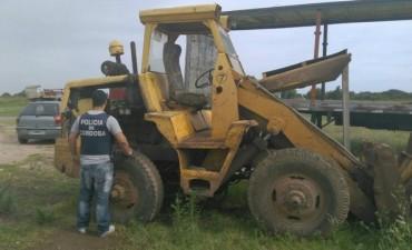 Recuperaron en Villa Retiro dos palas cargadoras robadas