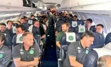 El piloto del avión de la tragedia reportó fallas eléctricas