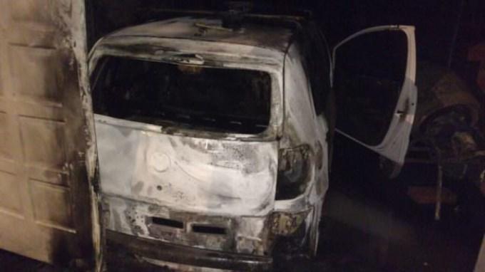 Incendiaron la vivienda del prefecto que cometió un doble femicidio en Paraná