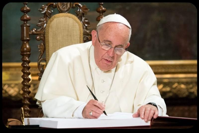 Submarino desaparecido: el papa Francisco envió su