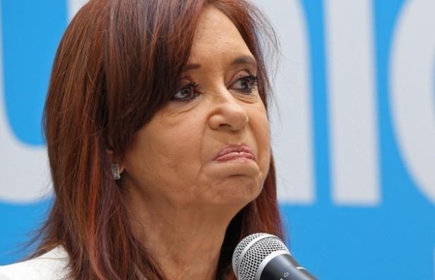 Confirmaron el procesamiento y embargo millonario a CFK