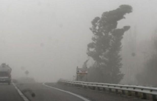 Interrumpieron la autopista Córdoba-Rosario por el viento