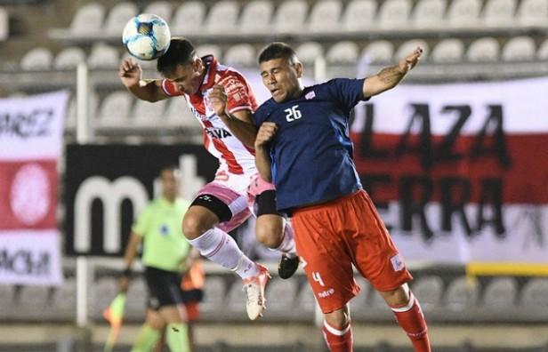 Con nuevo DT, Instituto venció a Deportivo Morón por 1 a 0