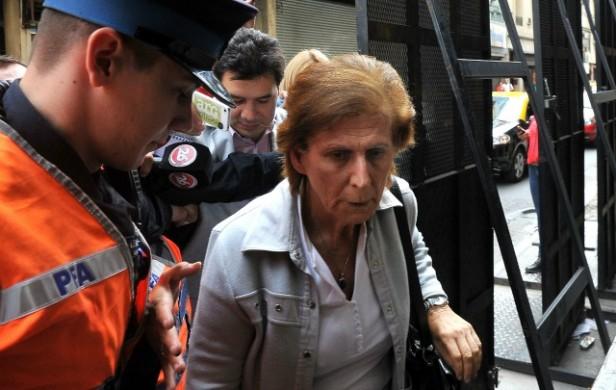 La madre de Nisman pide que investiguen a la ex presidenta