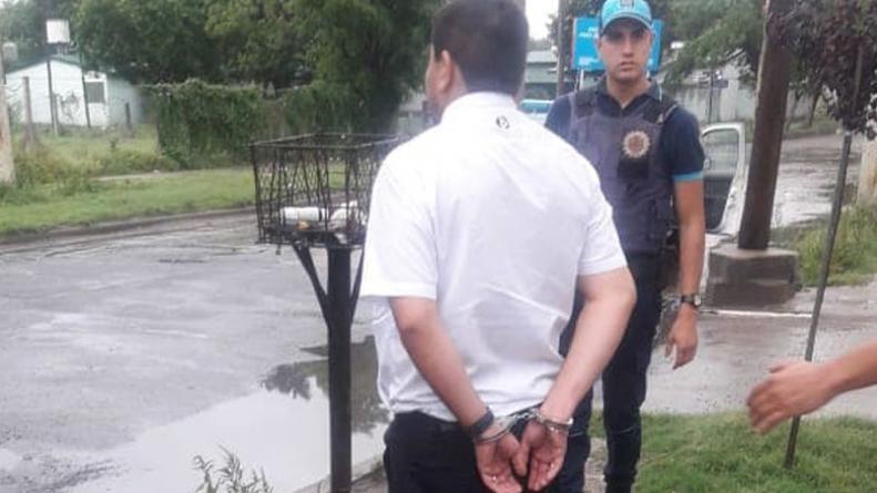 Detuvieron a un chofer de colectivo por robar a una pasajera