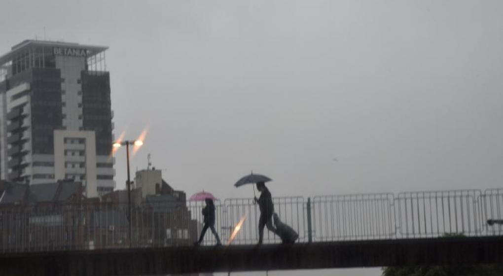 Rigen dos avisos por tormentas fuertes para Córdoba