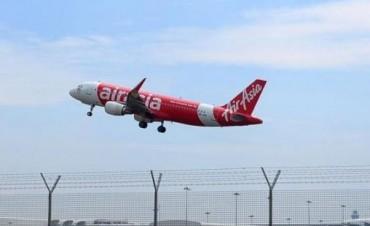 El avión de AirAsia había pedido cambio de altura pero se lo negaron