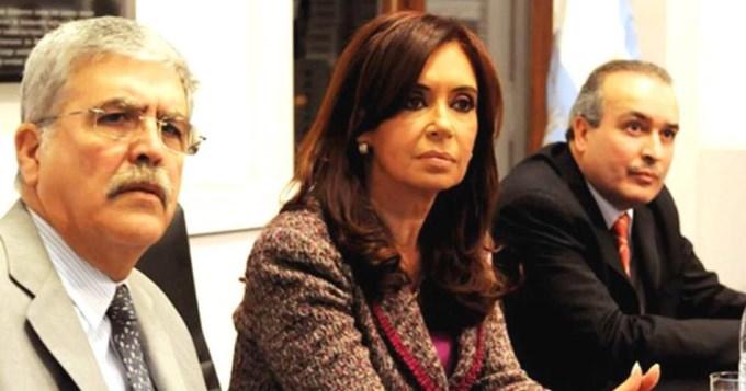 Procesan a CFK por asociación ilícita y ordenan embargo por $10 mil millones