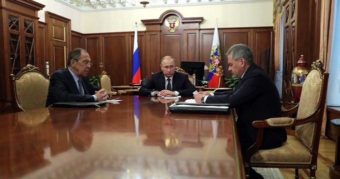 Putin anunció un alto el fuego y reducción de tropas en Siria