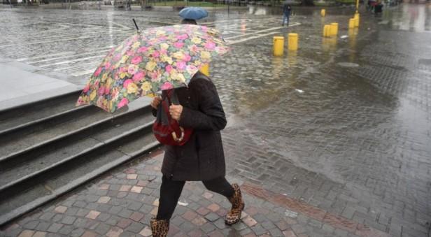 Rige una alerta por probables tormentas fuertes para Córdoba