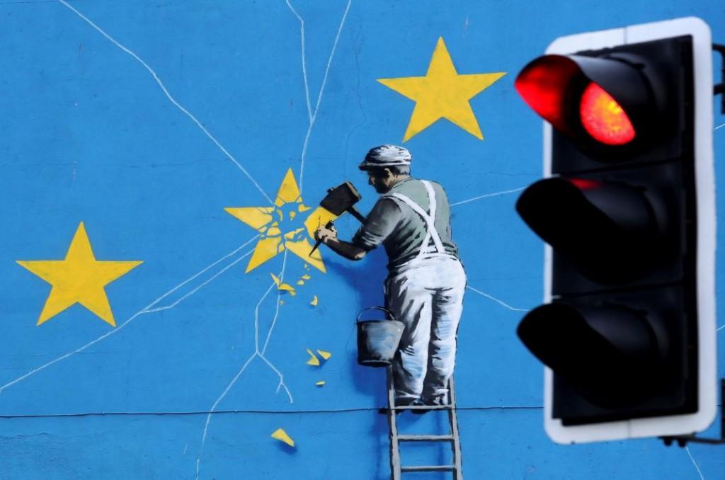 La UE ofrece ayuda a May, pero no renegociará