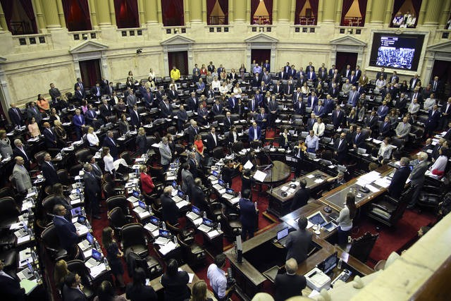 Una empleada del Congreso denunció a un senador por abuso