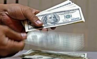 Pum..para arriba $ 9.36 por dólar. Ya no hay dudas de que habrá devaluación.