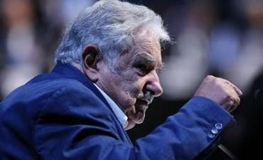 José Mujica habló sobre los argentinos que van a comprar dólares a Colonia