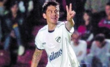 Quilmes amargó a Newell's sobre el final y rescató un punto clave