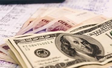 El dólar libre cerca de los $ 8.50