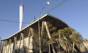 El Faro costará 2,5 millones de pesos más