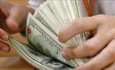 Dólar, no lo pueden bajar de $ 8.50.-