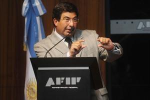 La AFIP detectó 30 mil cuentas bancarias irregulares e invitó a ingresar al blanqueo